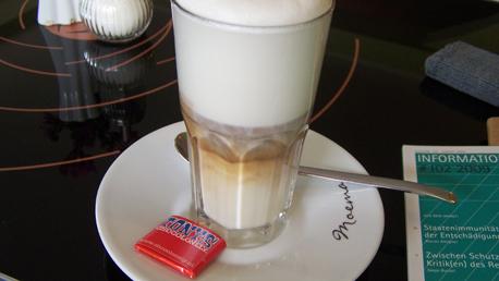latte mit chocolonely