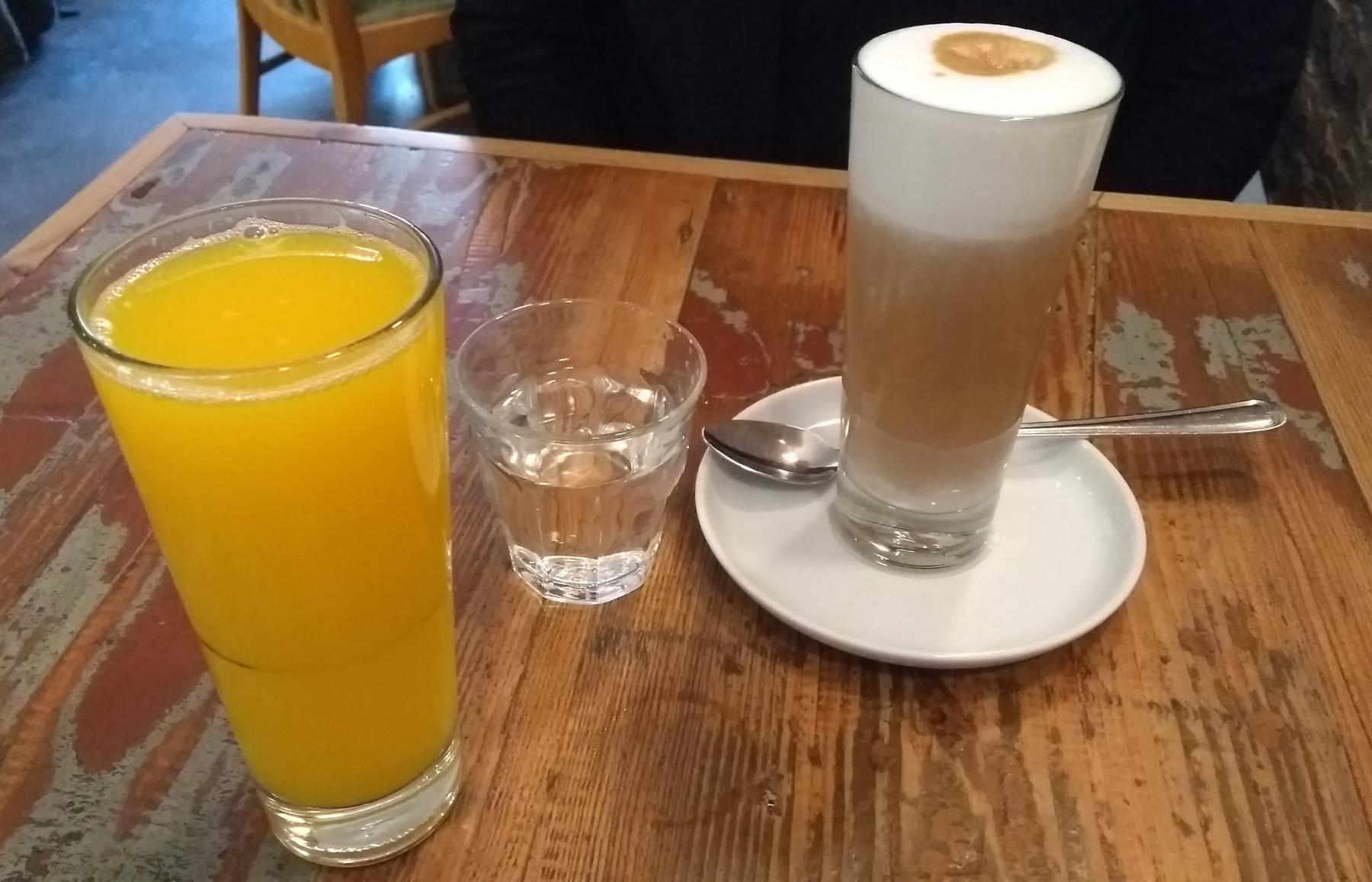 latte+saft+wasser