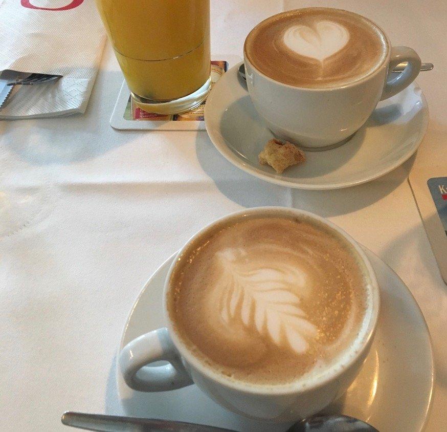 2 cappuccino